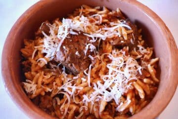 Giouvetsi (Greek Beef stew with Orzo pasta)