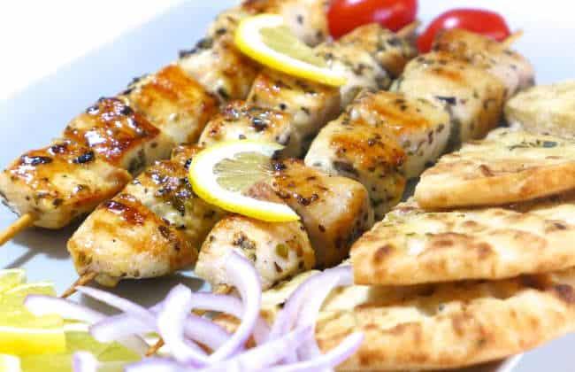 Greek Chicken Souvlaki recipe (Skewers) with Tzatziki