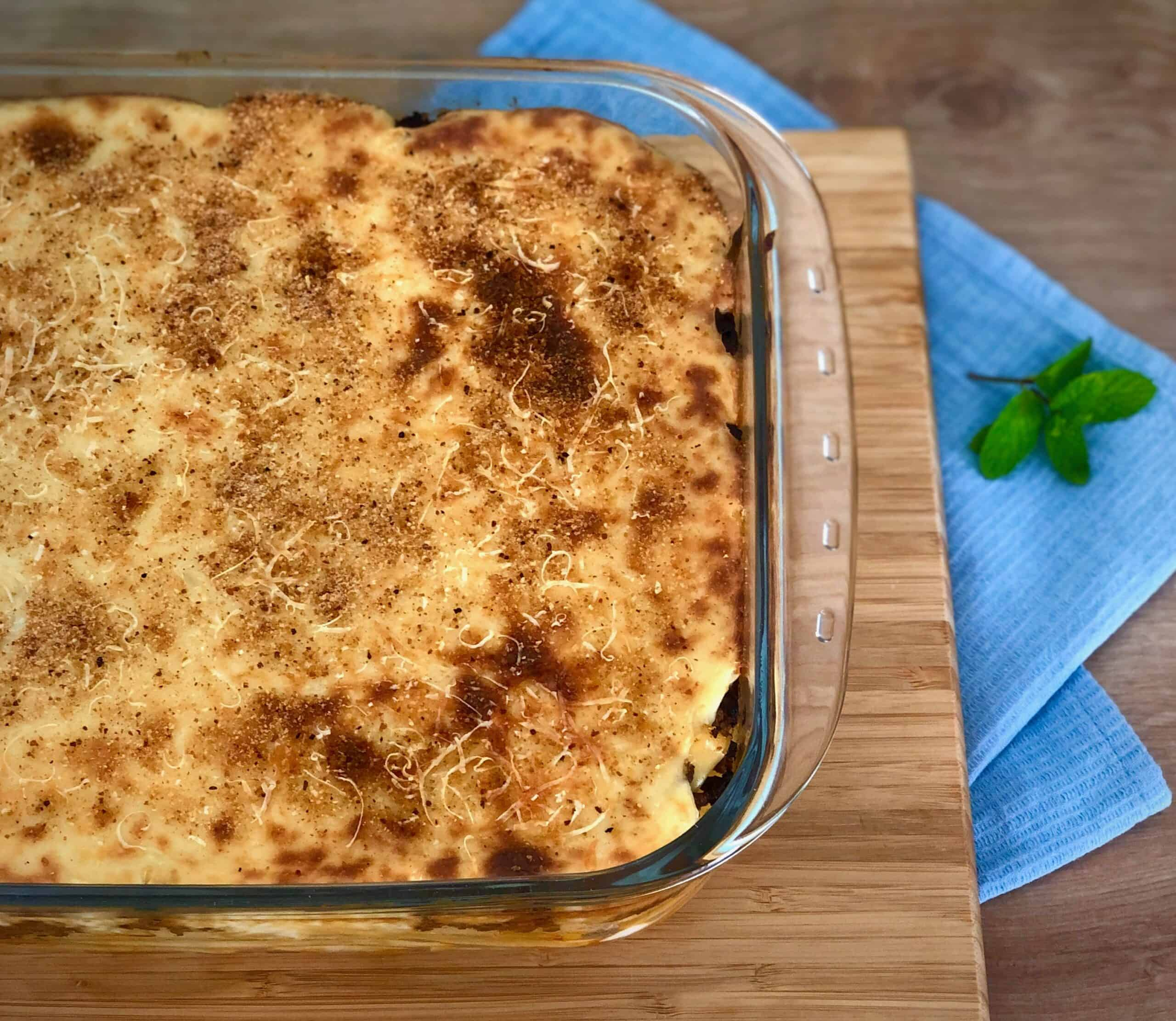 Pastitsio recipe - Greek Lasagna with Béchamel sauce in a pan