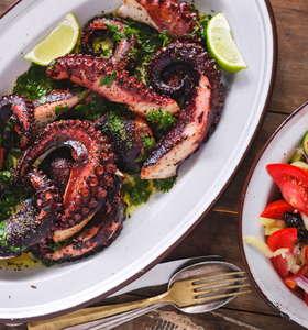 Greek-style Octopus recipe (Xtapodi)
