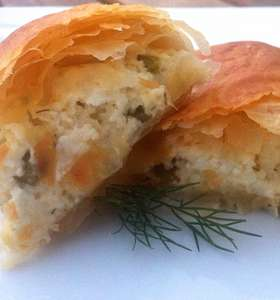 Phyllo-dough Rolls with Feta Cheese and Peppers Recipe