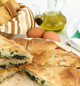 Easy Greek Spinach pie recipe for Beginners!