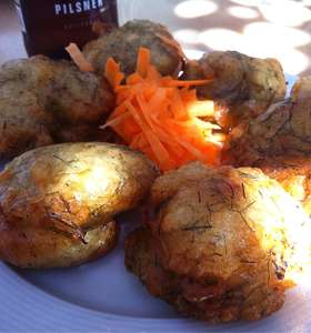 Tinos Fennel Fritters recipe (Greek Marathokeftedes)