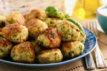 Traditional Greek Kolokithokeftedes (Fried Zucchini:Courgette Balls) Recipe
