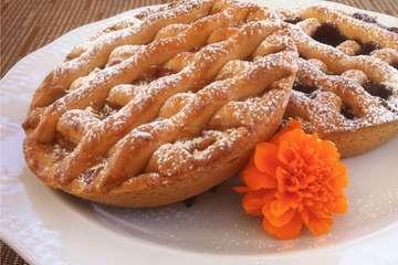 Greek Jam Tart (Pasta Flora)