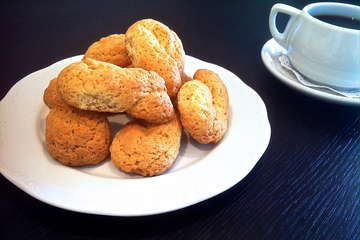 Easy Homemade Greek Cookies
