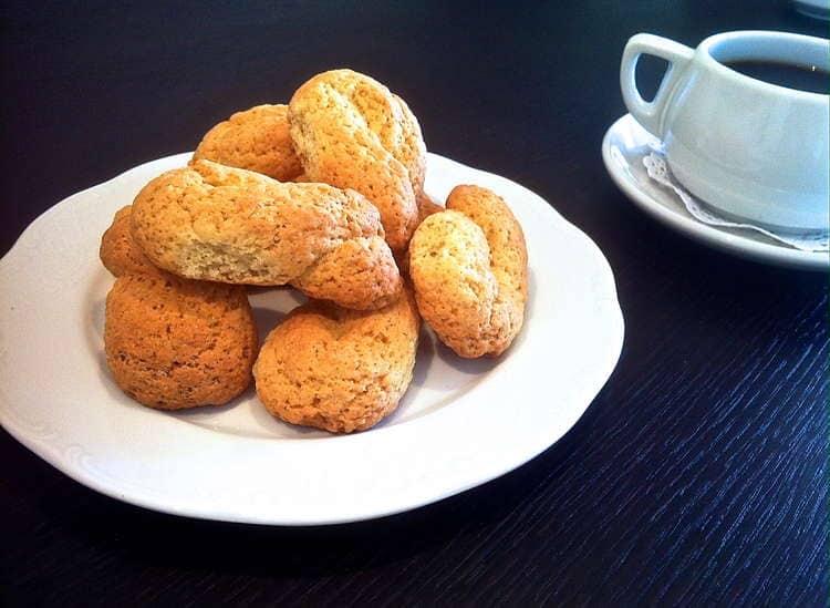 Easy Homemade Greek Cookies