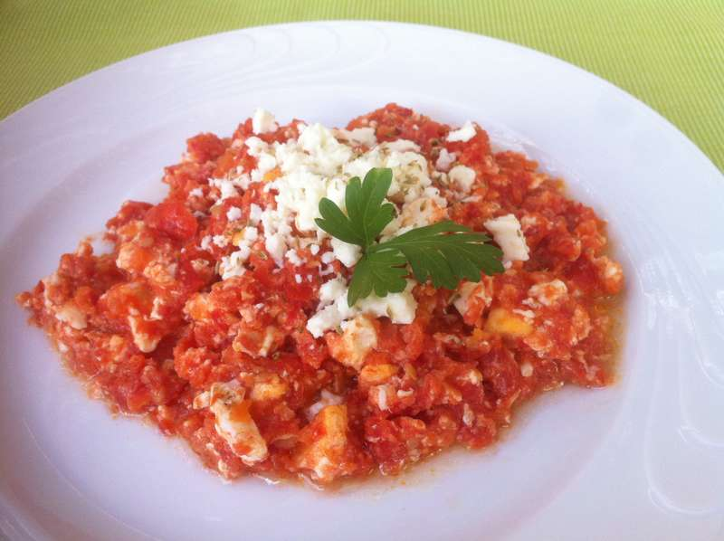 Greek Fresh Tomato and Feta Egg Scramble (Kagiana or Strapatsada)