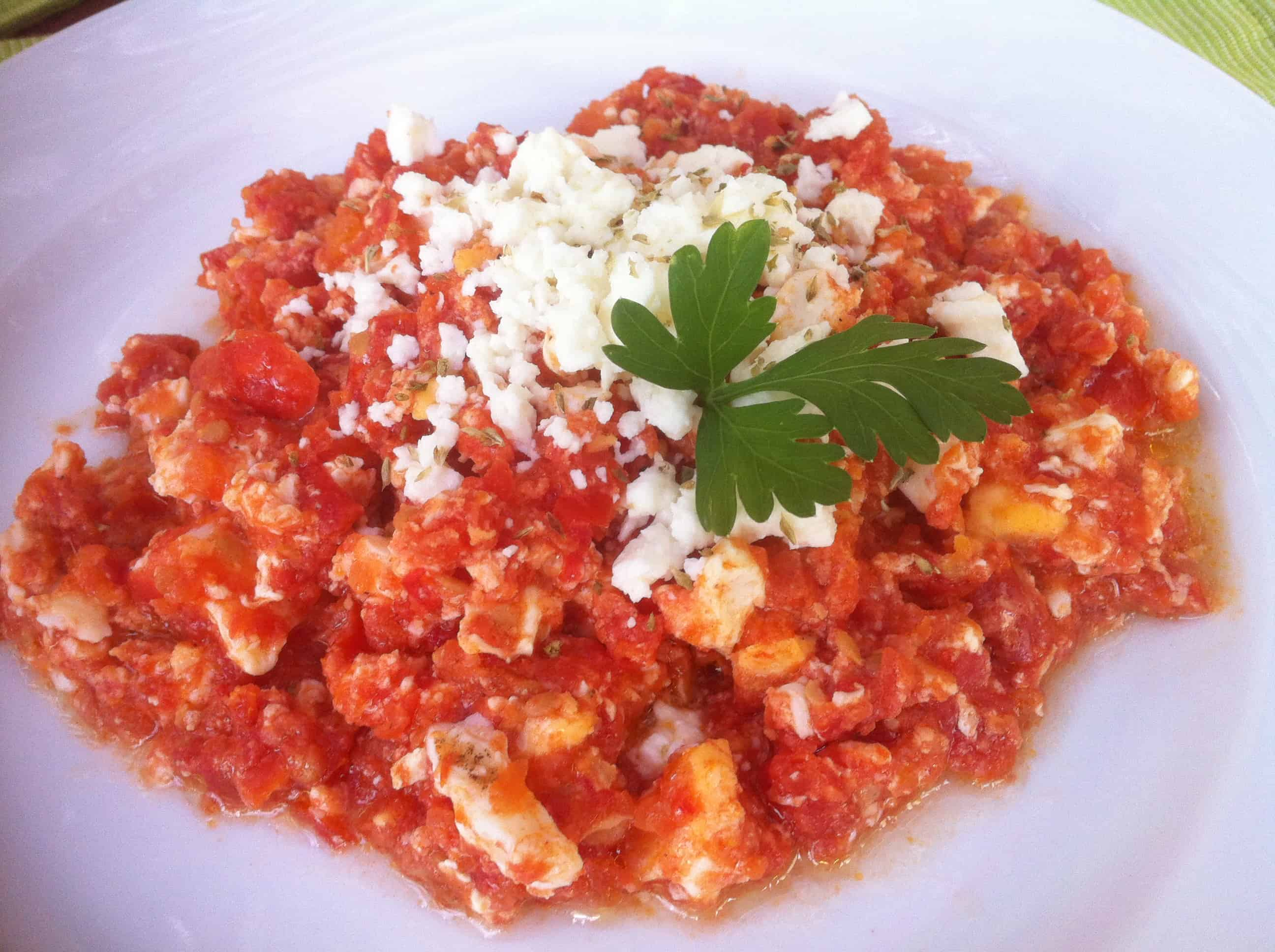 how to make egg tomato dish