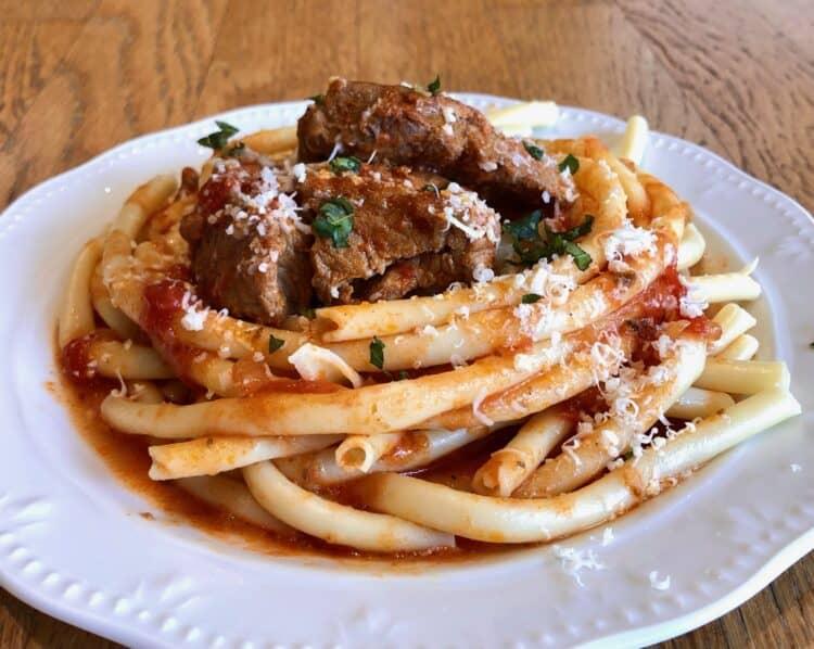 Greek Style Beef Stew in a Tomato Sauce (Moshari Kokkinisto)