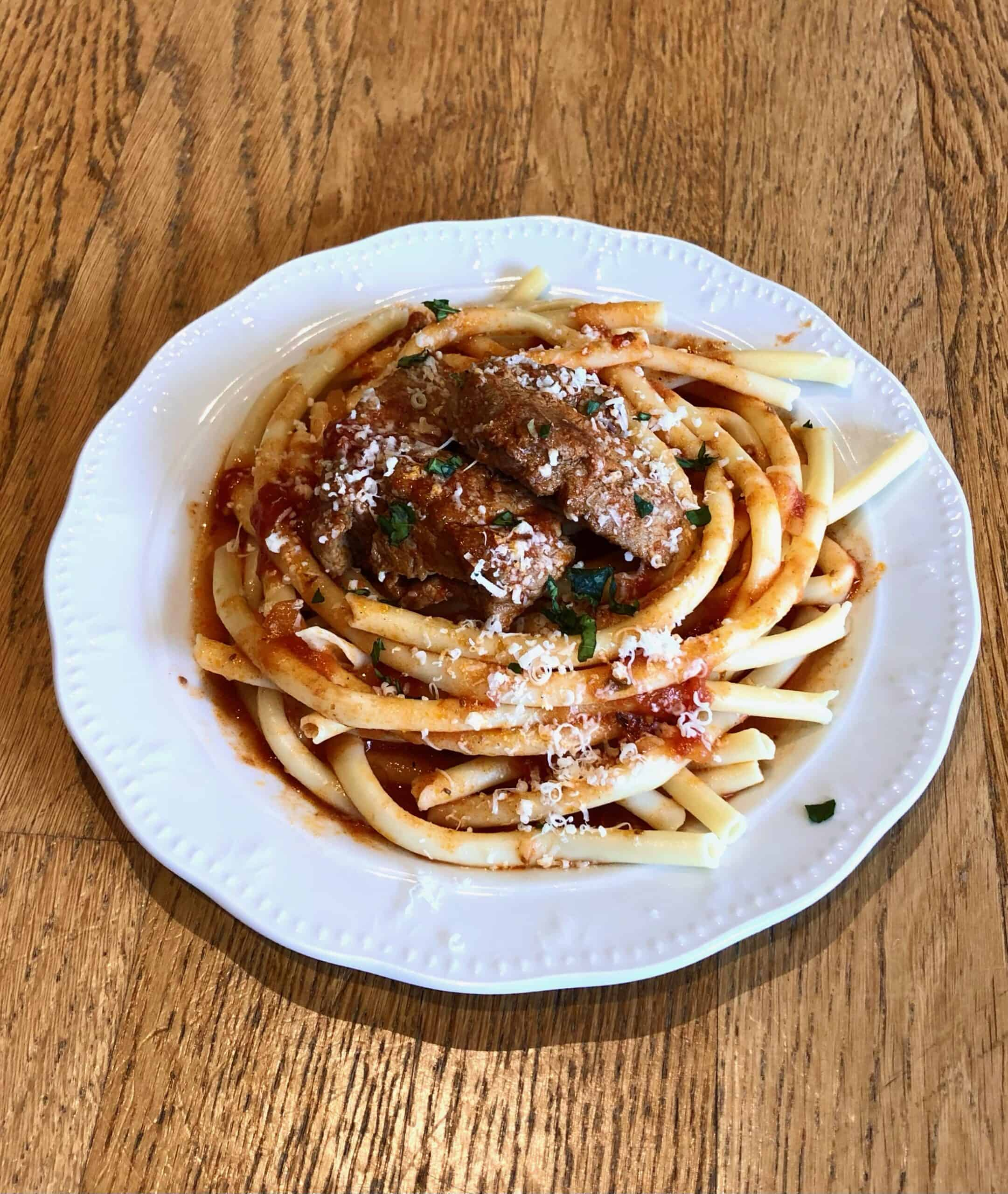 Greek Style Beef Stew in a Tomato Sauce (Mosxari Kokkinisto)
