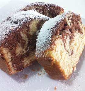 Vanilla and Cocoa Sponge Cake