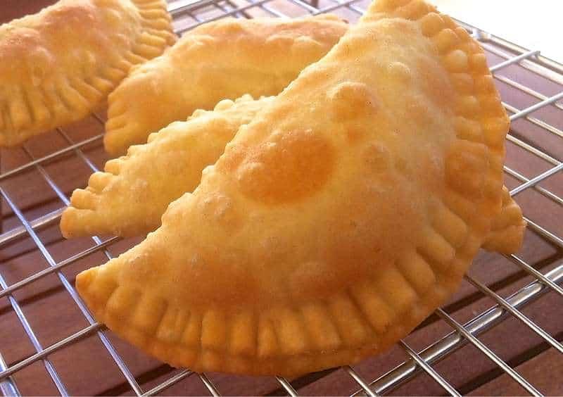 Delicious Little Cheese Pies! (Pitarakia Milou)