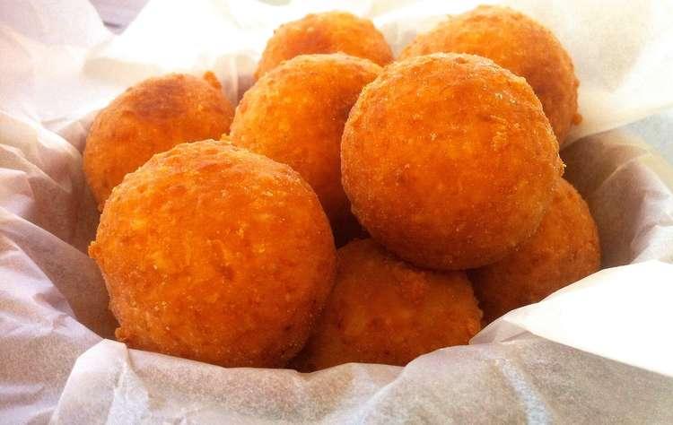 The Perfect Cheese Balls! (Tirokroketes)