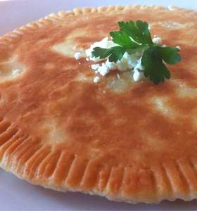 Fried Bread stuffed with Feta Cheese (Tiganopsomo)