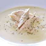 Greek lemon Chicken Soup (Kotosoupa Avgolemono)