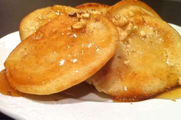 Greek-style Pancakes with Honey and Walnuts (Tiganites)