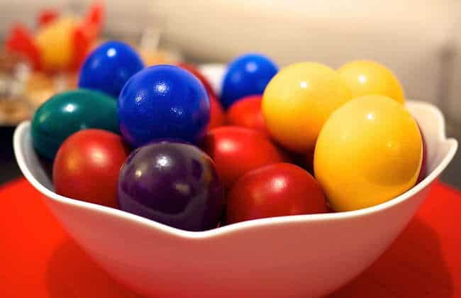 Dyed Greek Easter Eggs recipe