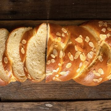 Tsoureki recipe (Traditional Greek Easter bread)
