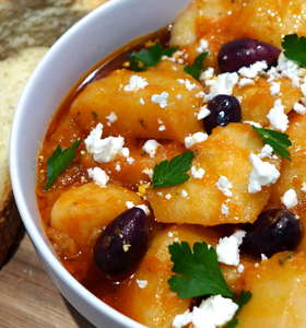 Country-style Greek Potato stew recipe (Patates Yahni)