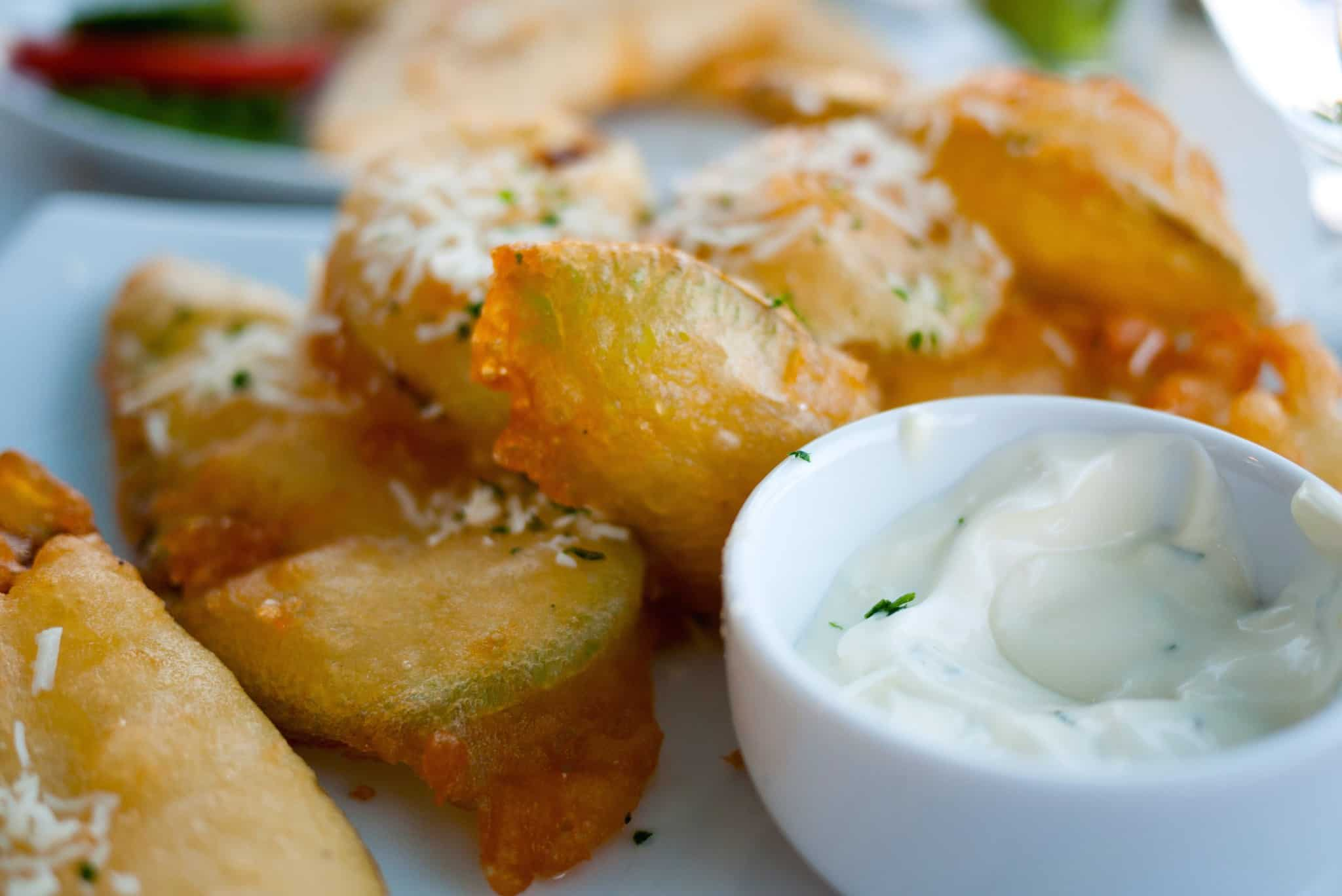 Crispy Fried Zucchini - Courgette recipe (Greek Kolokithakia tiganita)