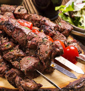 Marinated Greek Lamb Souvlaki recipe (Skewers) and Tzatziki / Lamb Kebab