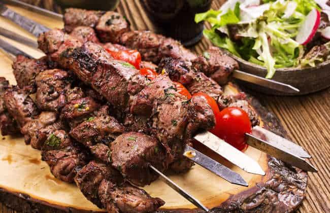 Marinated Greek Lamb Souvlaki recipe (Skewers) and Tzatziki / Lamb Kebab