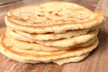 Easiest homemade Pita Bread recipe