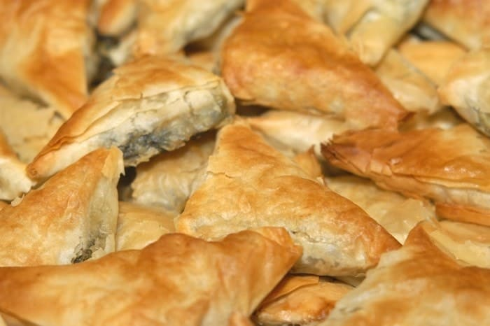 Mini Spanakopita Triangles Recipe (Spanakopitakia / Greek spinach triangles)