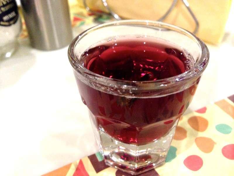 Aromatic Greek-style Mulled Wine Recipe (Krasomelo/ Oinomelo)