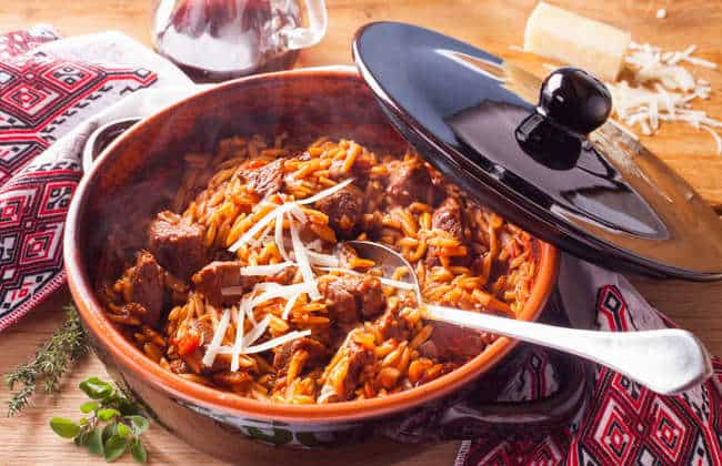 Greek lamb stew with orzo pasta recipe (Giouvetsi with lamb)