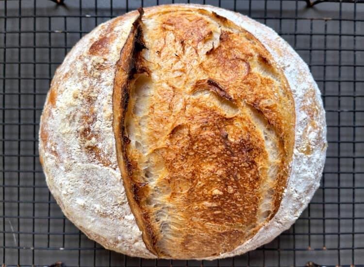 Easy Sourdough Bread recipe with Starter (prozimi)
